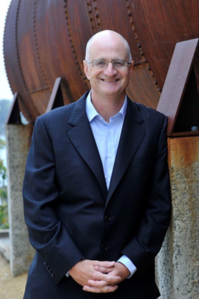 James O'Loghlin
