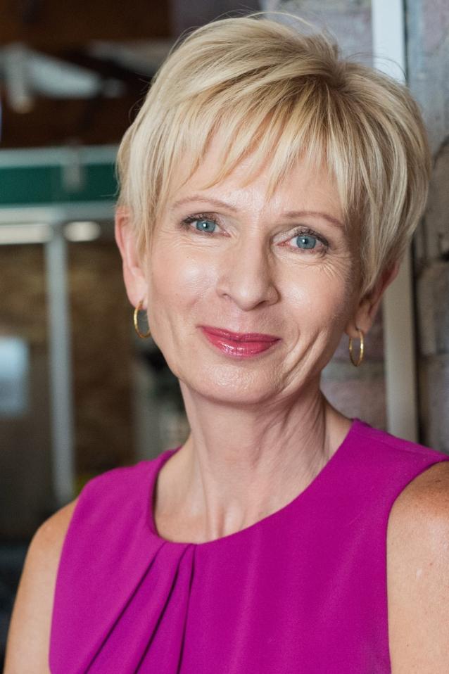 Lyn White AM